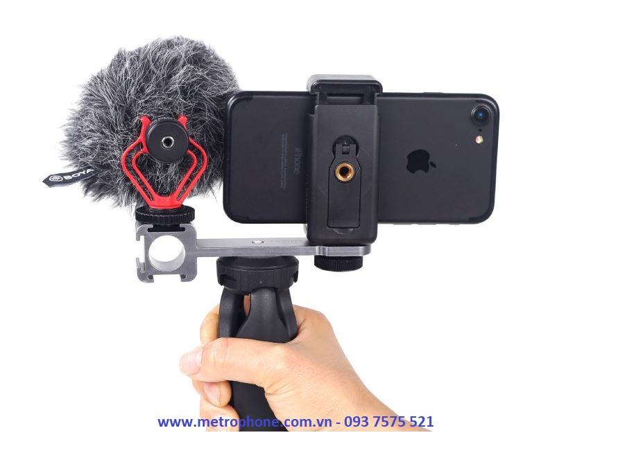 adapter gắn điện thoại máy ảnh và mic thu âm cùng đèn led metrophone.com.vn