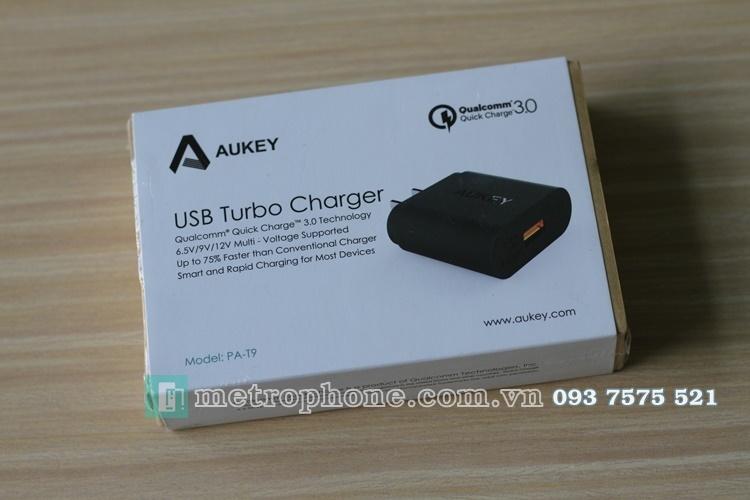 [312] Củ Sạc Nhanh Quick Charge 3.0 Aukey PA-T9 - Metrophone.com.vn