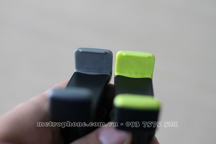 [4464] Khung Giữ Điện Thoại Trên Xe Hơi Ngay Quạt Máy Lạnh – Car Holder metrophone.com.vn