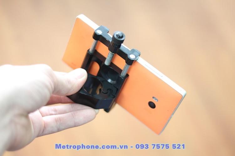[6024] Giá Đỡ CNC Gắn Điện Thoại Trên Xe Máy Và Motor - Metrophone.com.vn