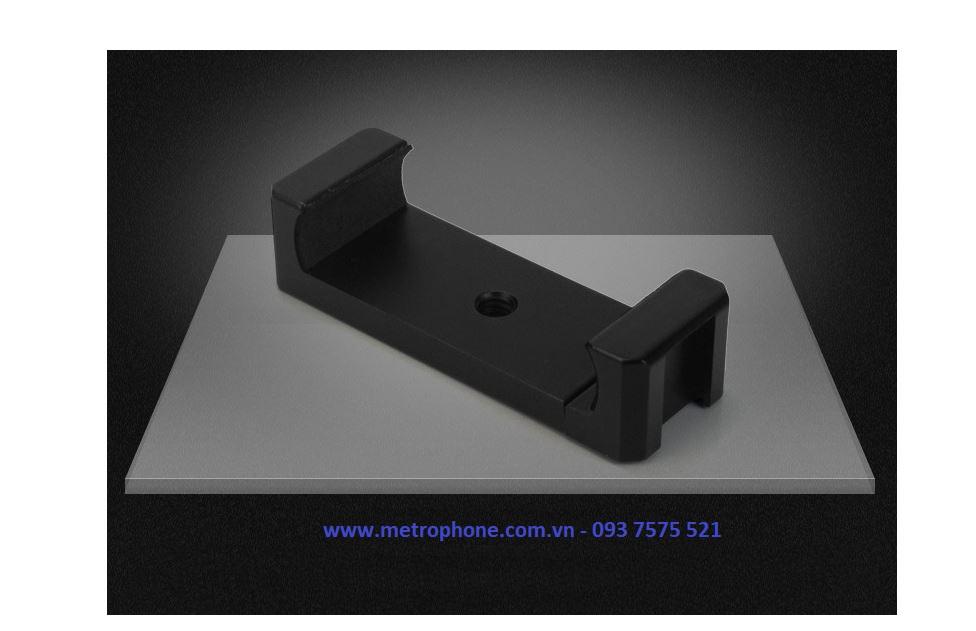 khung kẹp điện thoại kiêm gắn mic thu âm metrophone.com.vn