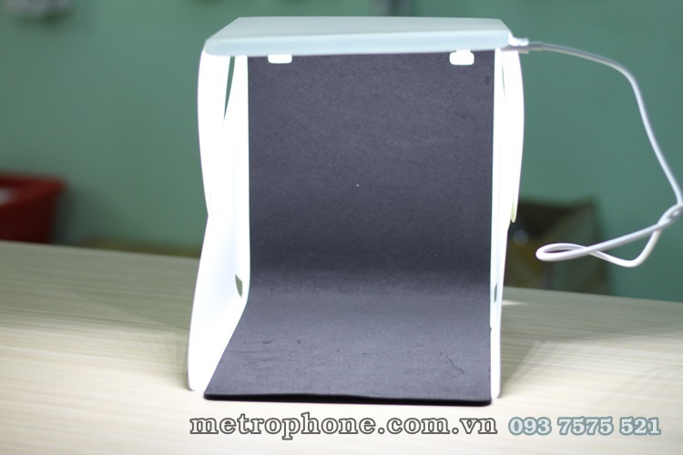 [133] Lồng Chụp Mini 23x23cm Tích Hợp Đèn Led 20 Bóng - Metrophone.com.vn