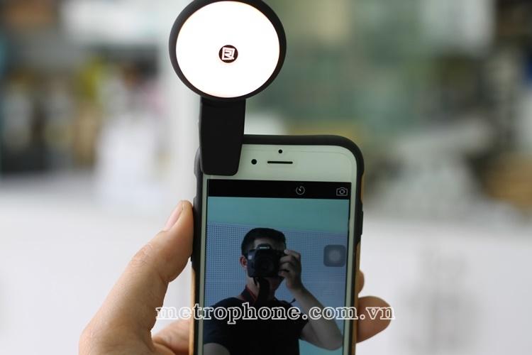 [413] Đèn Led Selfie Remax Với 9 Chế Độ Chỉnh Màu Đèn - Metrophone.com.vn