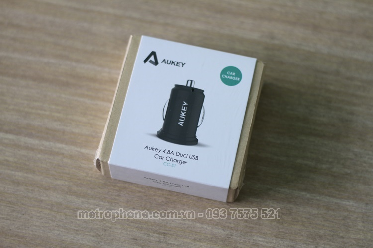 [3602] Củ Sạc Xe Hơi Mini Aukey CC-S1 Dual USB 4.8A( Cục Sạc Nhỏ Nhất ) - Metrophone.com.vn