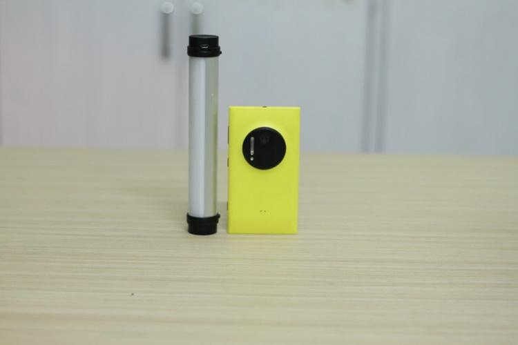 [1483] Đèn LED Chiếu Sáng Đa Năng Tích Hợp Pin 1800mAh - Metrophone.com.vn